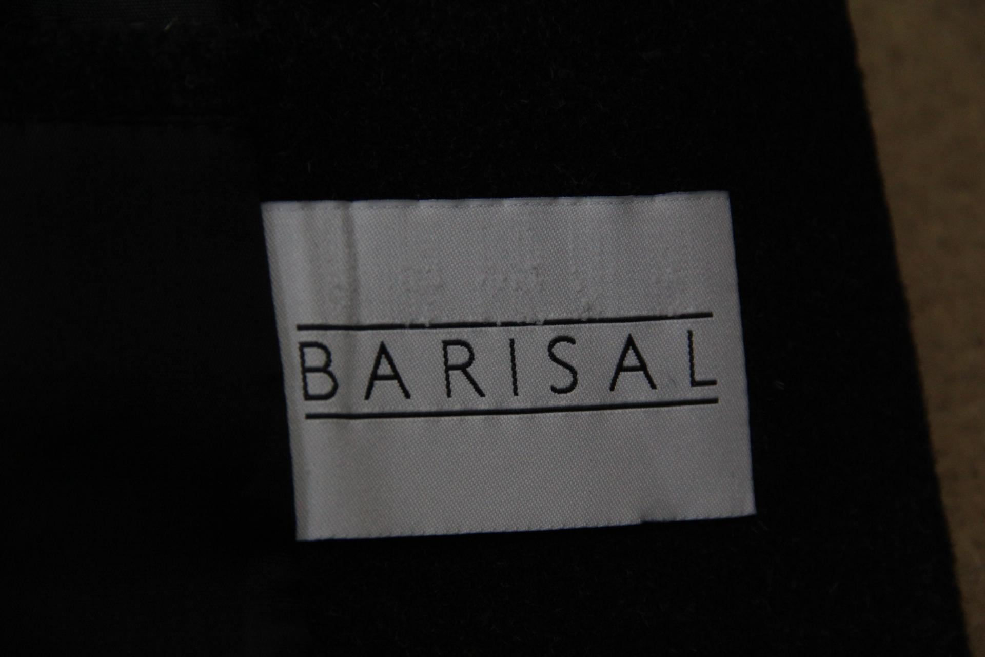 Barisal mantel